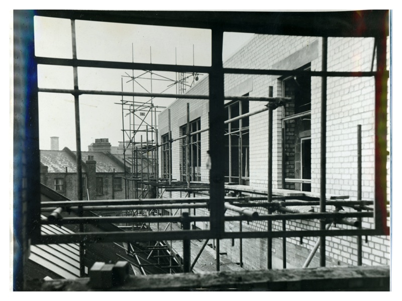 A85A Construction of new Brady building - New Wing