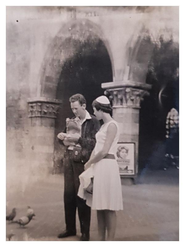 D2033 Frank Eliel & Sandra Morris (Lake Como)