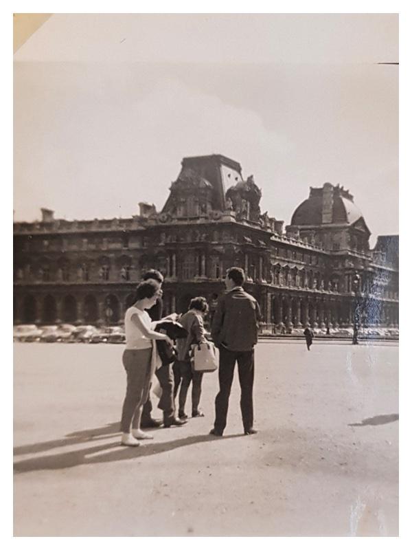 D2044 Group in Paris