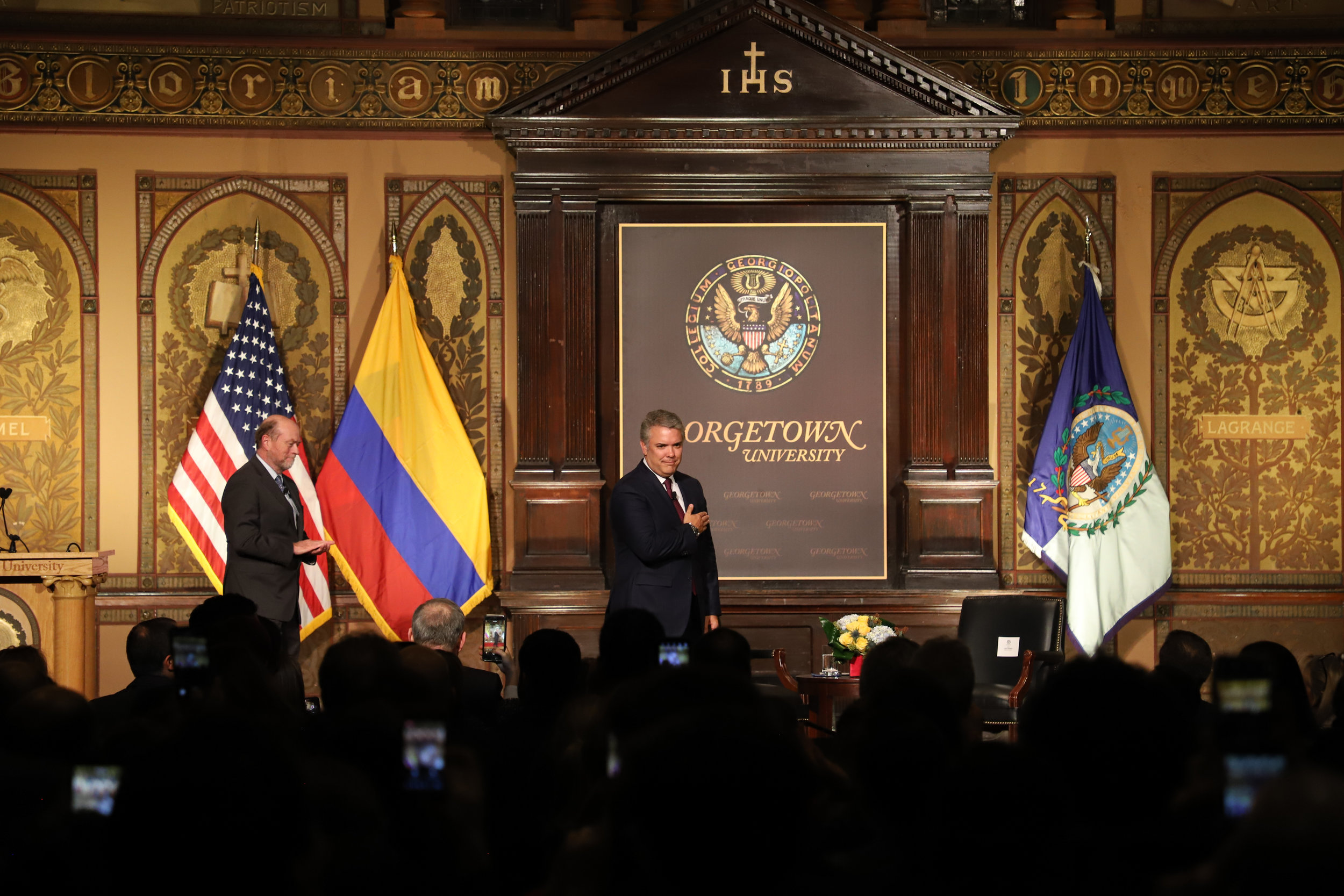 President Duque greets the audience at Georgetown University. (Bryce Couch, SFS '19)