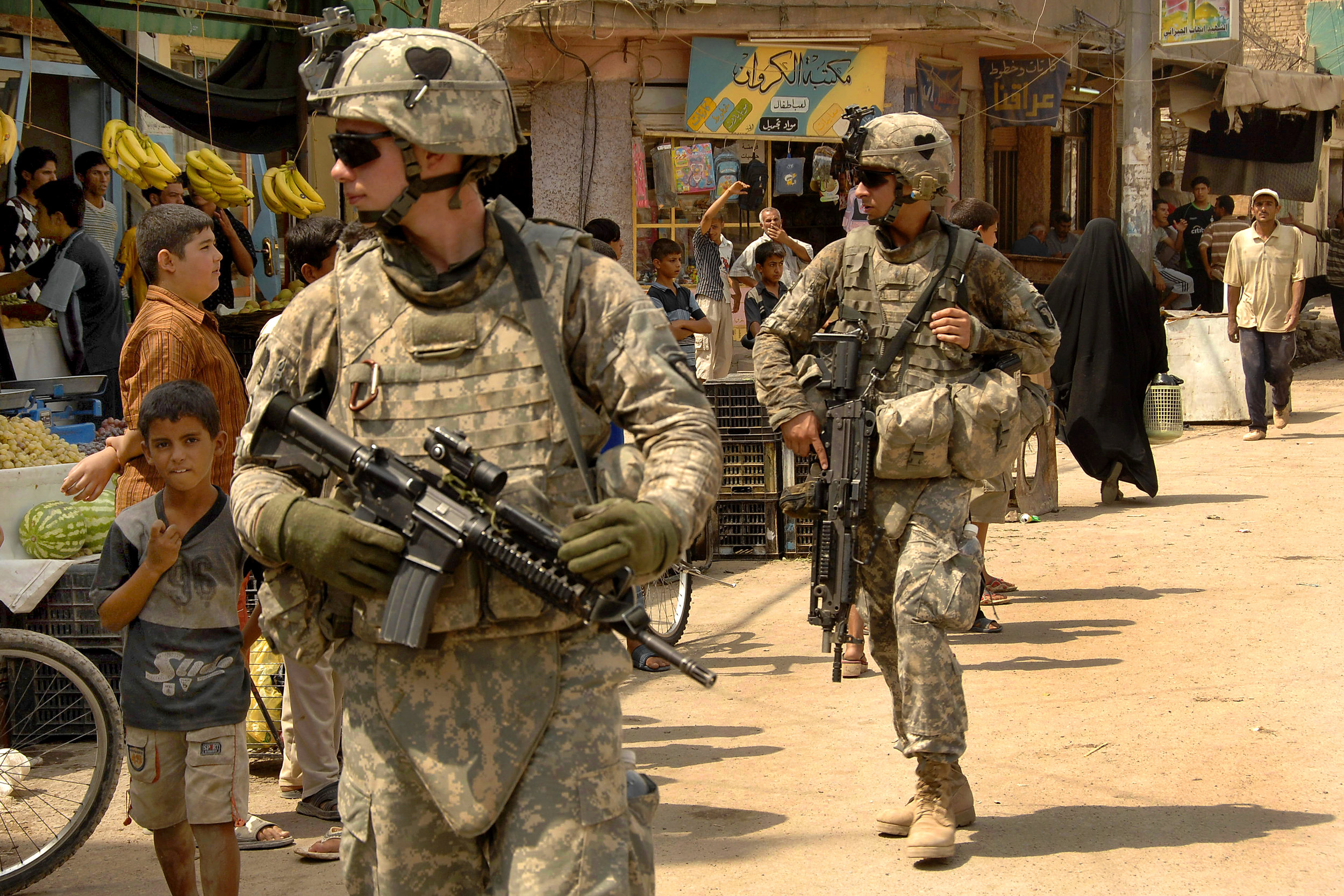 American soldiers help train Iraqi troops and advise counterterrorism missions. (U.S. Department of Defense)