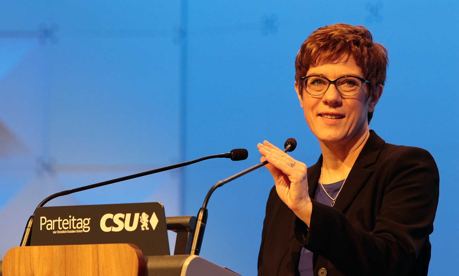 CDU leader Annegret Kramp-Karrenbauer speaks at CSU Party Conference, 2019 [Wikimedia Commons].