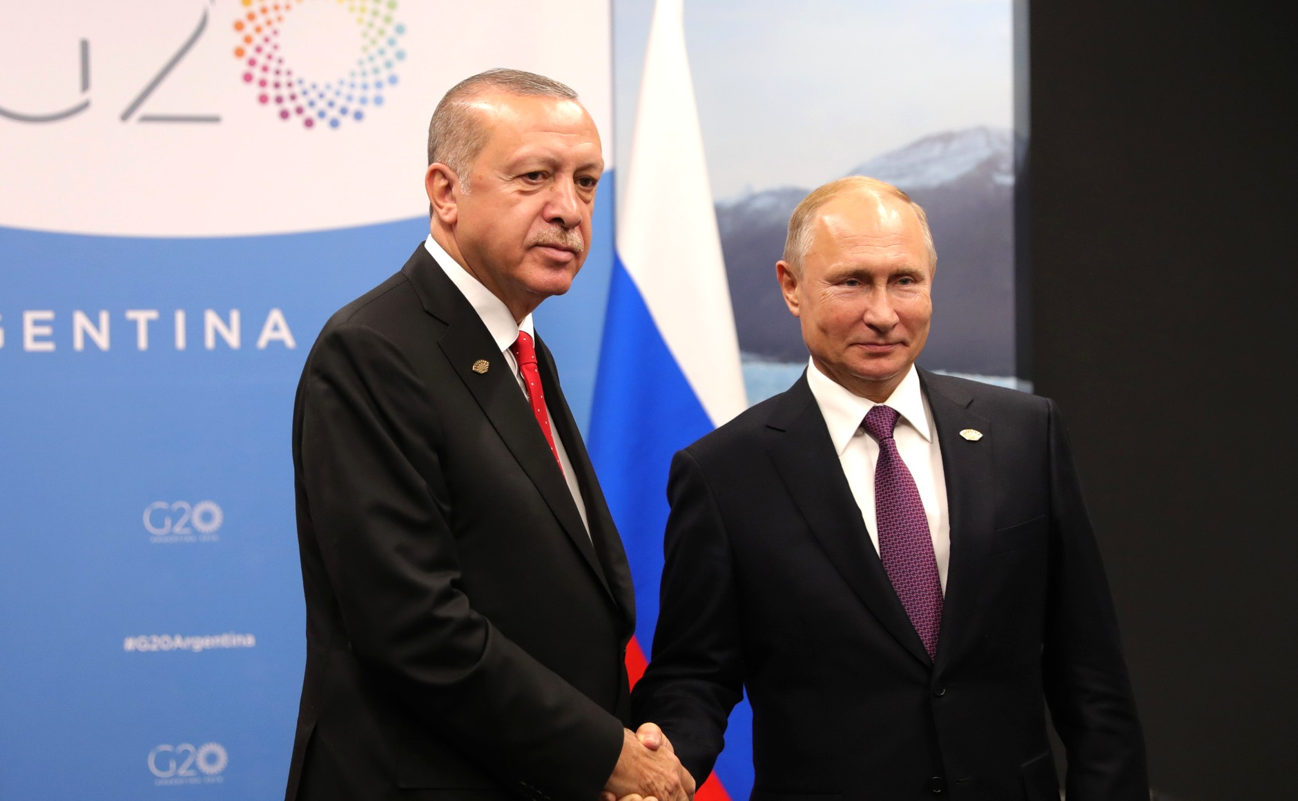 Turkish President Recep Tayyip Erdogan, left, pictured in December 2018 meeting with Russian President Vladimir Putin, right, on the sidelines of the G20 Summit in Argentina. (The Kremlin)