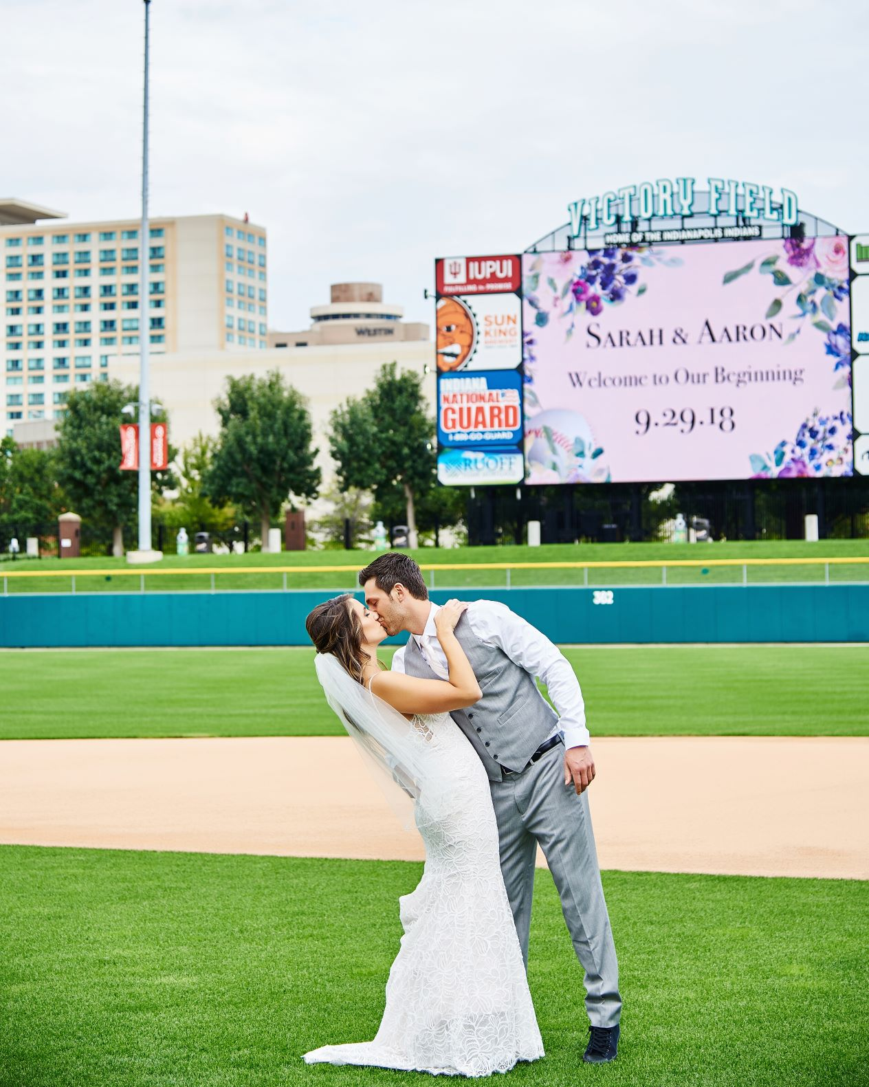 videoboard kiss - Sarah Johnson.jpg