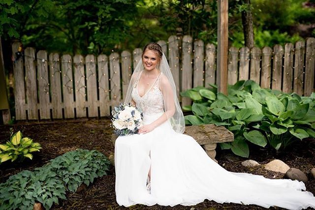 "Taylor said one of her favorite moments from their big day was that she ""loved walking down the aisle and seeing my handsome groom staring at me with the biggest smile on his face."" https://belovedbrides.com/featured-weddings/spring-navy-garden-wedding-indianapolis  Photographer: @jackiesuttonphotography Venue: @avon_gardens  Florist: @dawnsspecialties  Bakery: @sweetpaigescakes  Hair Stylist: @cherishyourlocks  Make-up Artist: @splitwhit  DJ: Matt Worton"