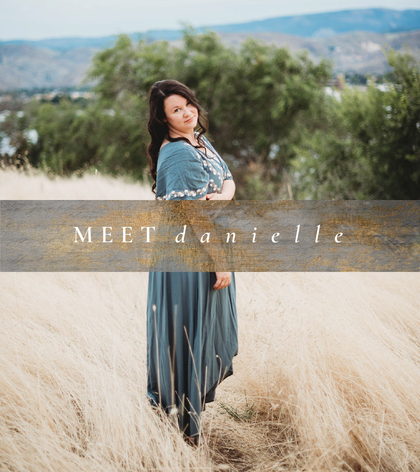 Danielle Louise Washington & Maui Destination Wedding Photographer. Specializing in Weddings, Portraits, Couples, Families and Boudoir in Maui, HI and Washington State, in Wenatchee, Seattle, Portland, Leavenworth, Spokane, Chelan