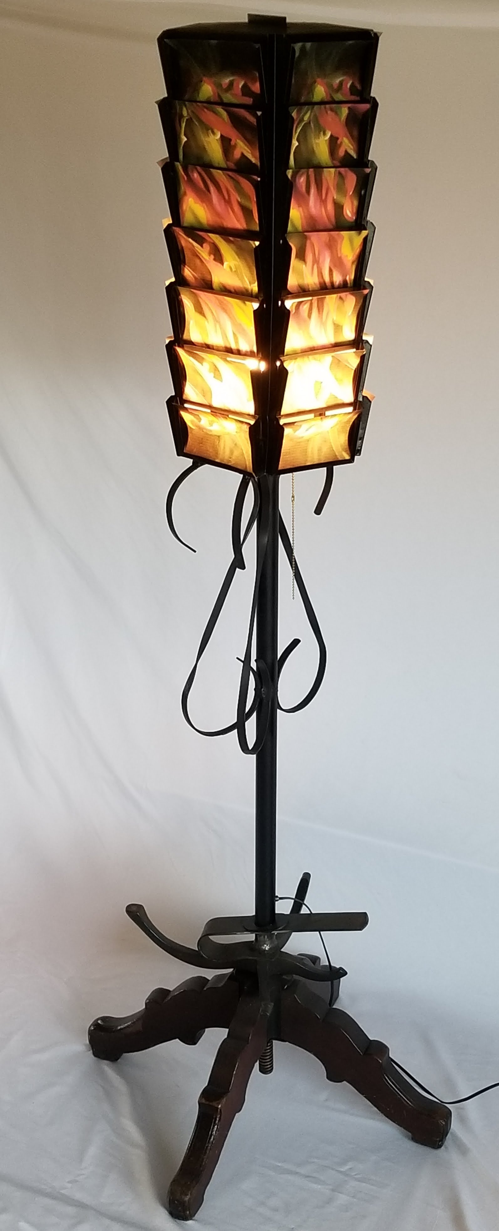 Postcard Floor Lamp