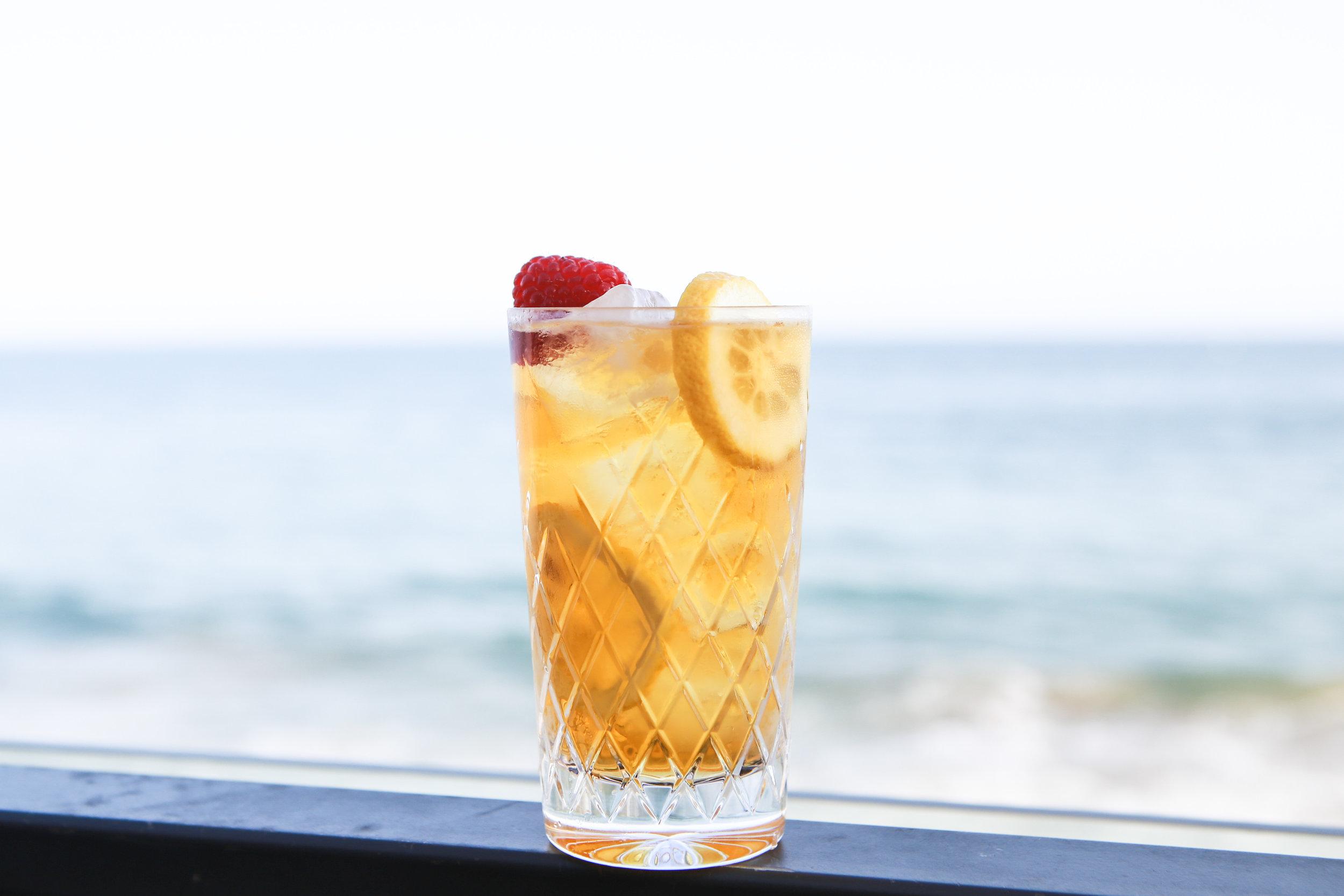 ice tea cocktail la maison wellness