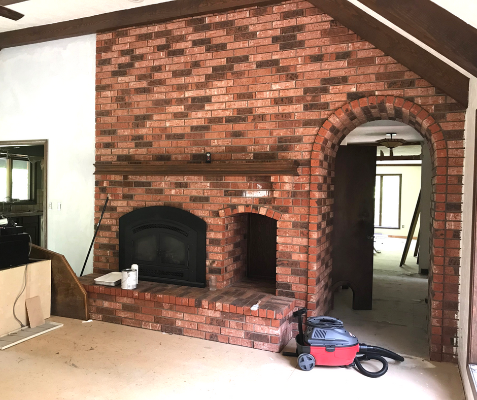 fireplace before.png