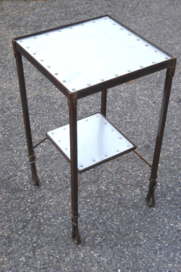 metaltable001a.jpg