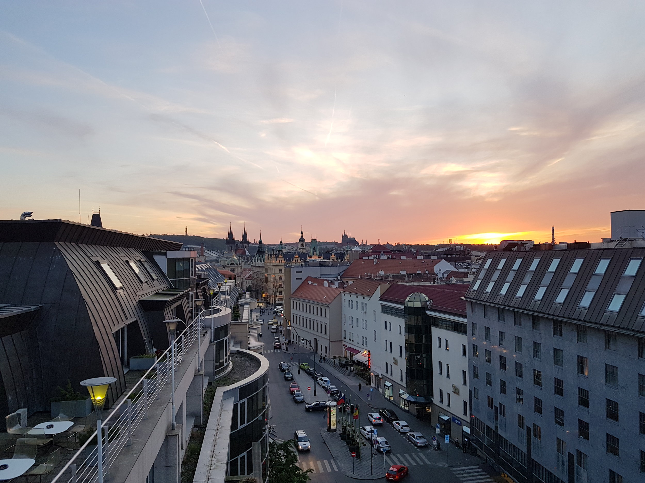 Prague 2018   4to7 hosts a private Champagne tasting for clients in Prague, CZ