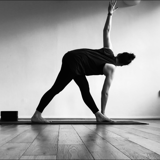 yoga life - I am a yoga teacher based in London and have been practising yoga since 2000. Since completing my first training in 2017 I have taught yoga in studios throughout London. My classes honour the traditional roots of yoga while incorporating modern, fluid movement practices to integrate body, breath and mind.