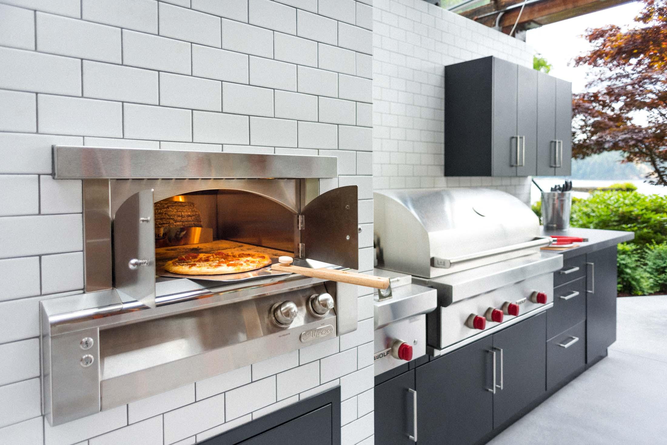 Indian Arm -  Outdoor Kitchen.JPG