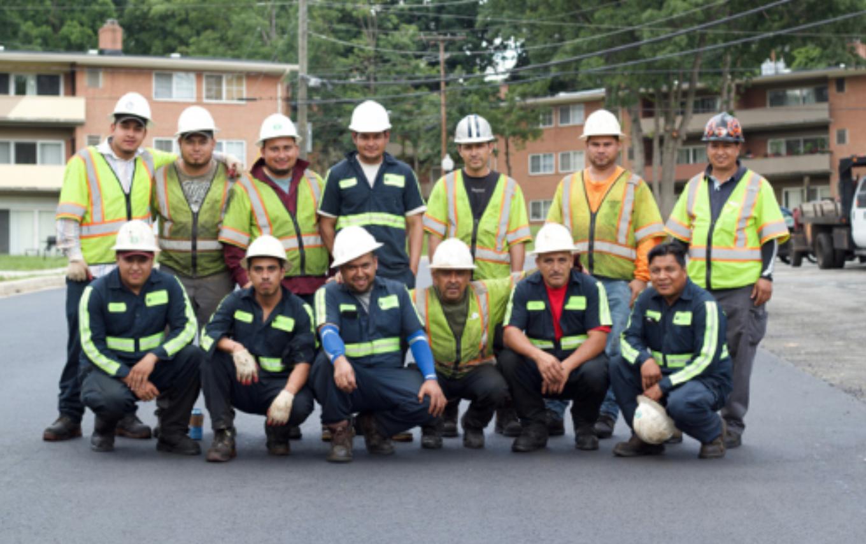 Building Better Communities Together - Construyendo mejores comunidades juntos