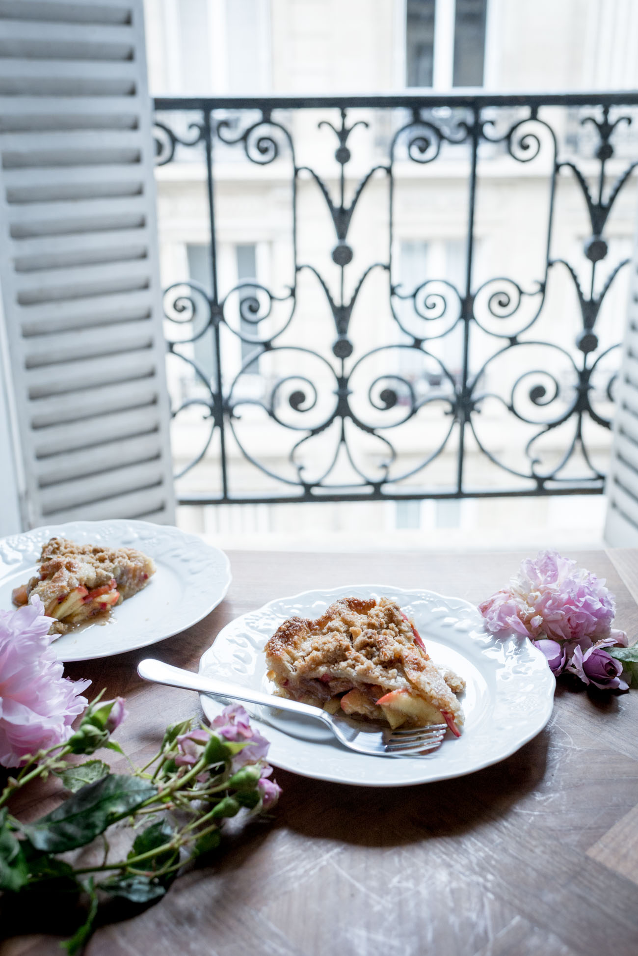 Hazelnut-Streusel-Apple-Pie-with-Brown-Butter-8.jpg