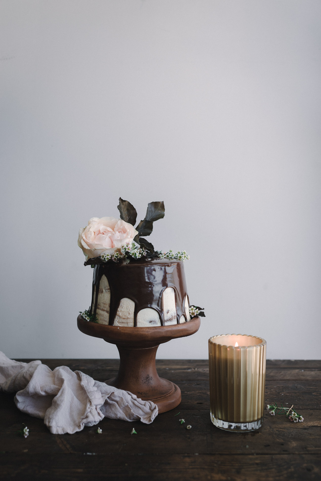Gingerbread-Whisky-Cake-with-Brown-Sugar-Swiss-Meringue-Buttercream-and-Milk-Chocolate-Ganache-2.jpg