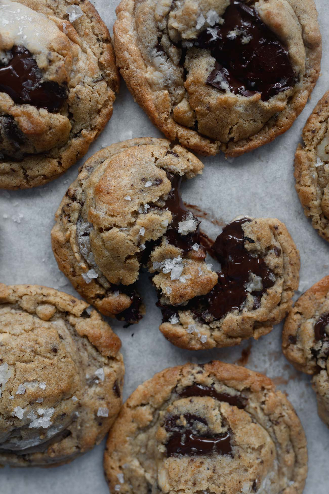 Halvah-Burnt-Butter-and-Walnut-Chocolate-Chunk-Cookies-8-of-14.jpg