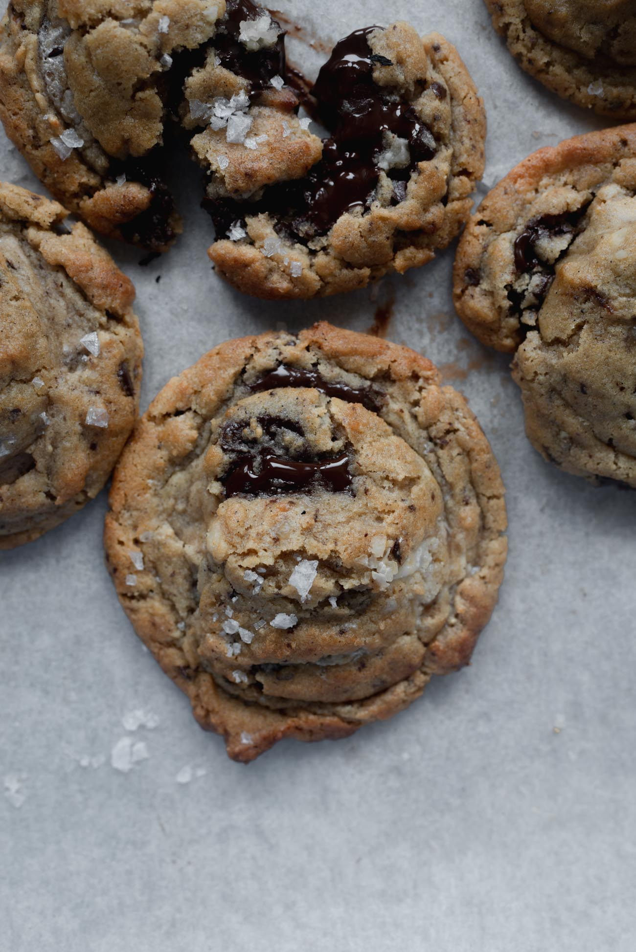 Halvah-Burnt-Butter-and-Walnut-Chocolate-Chunk-Cookies-9-of-14.jpg