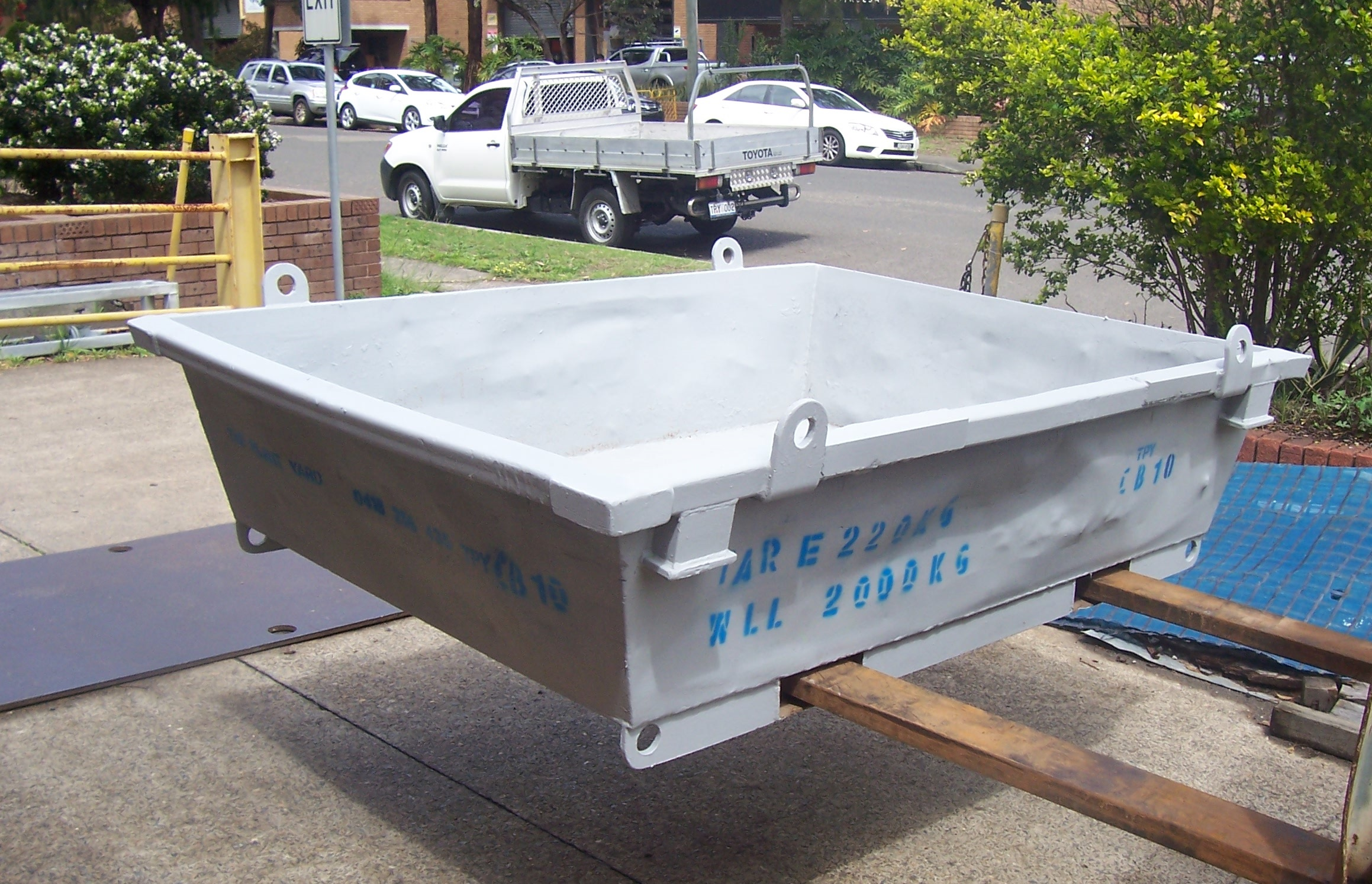 Concrete Wash Out Bin Hire Sydney.JPG