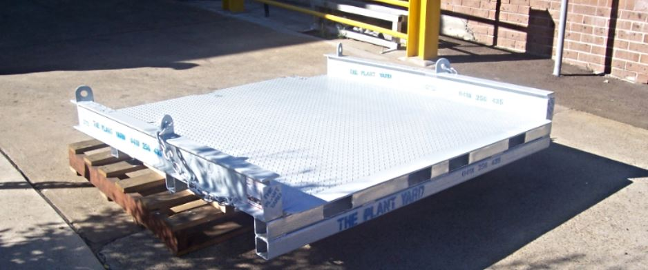 container ramp hire.jpg