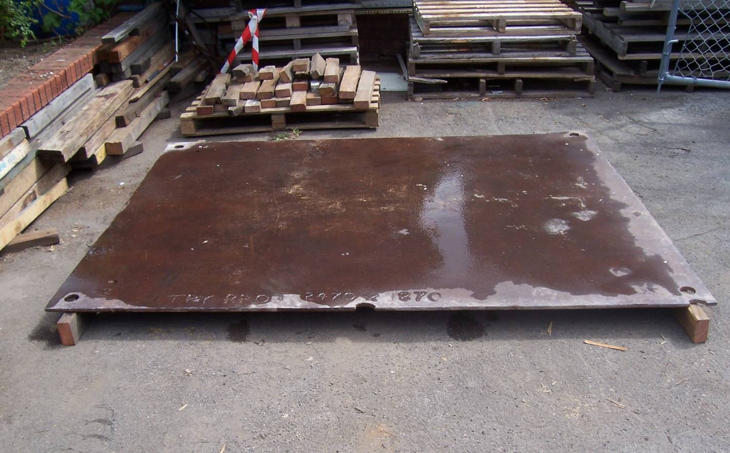 steel road plate hire.jpg