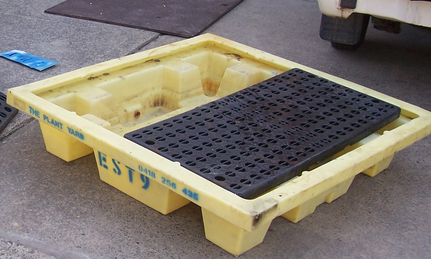 Spill Containment Pallet