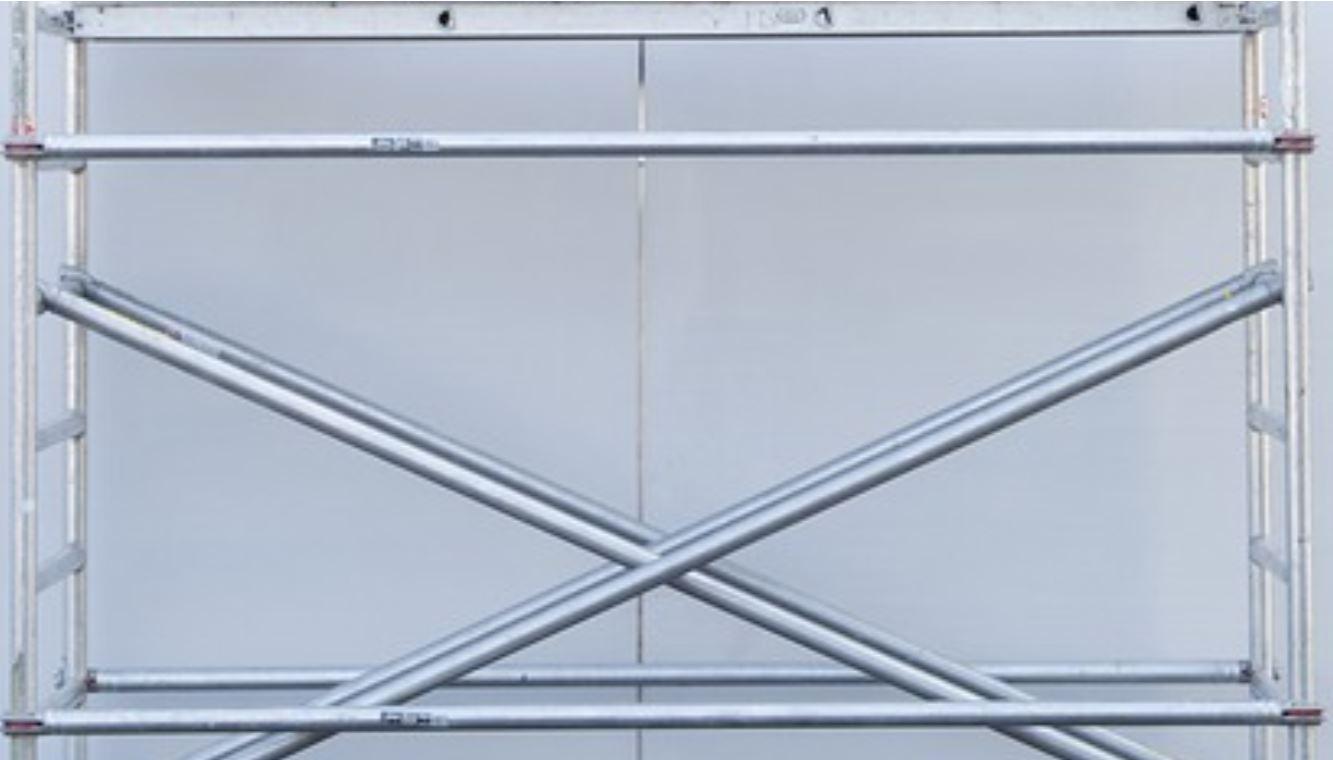 mobile scaffold hire.JPG