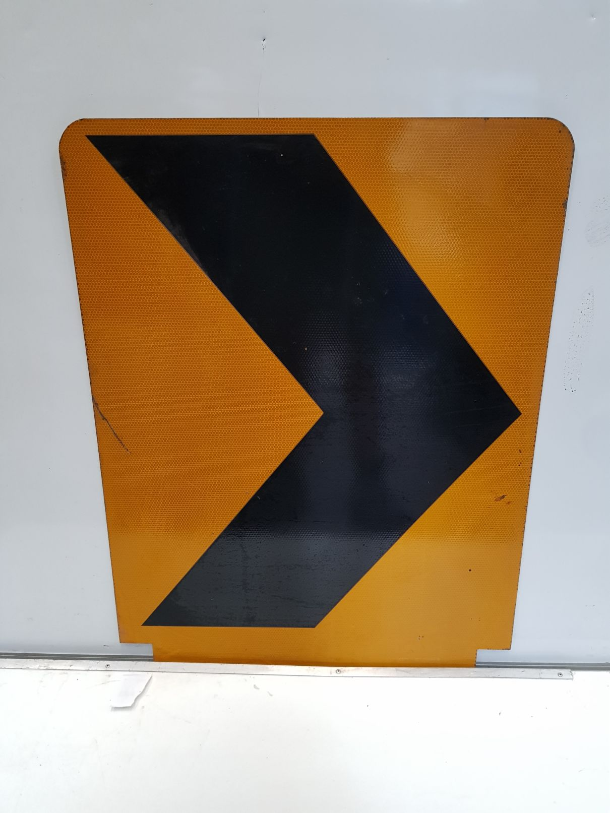 Arrow Sign (2).jpg