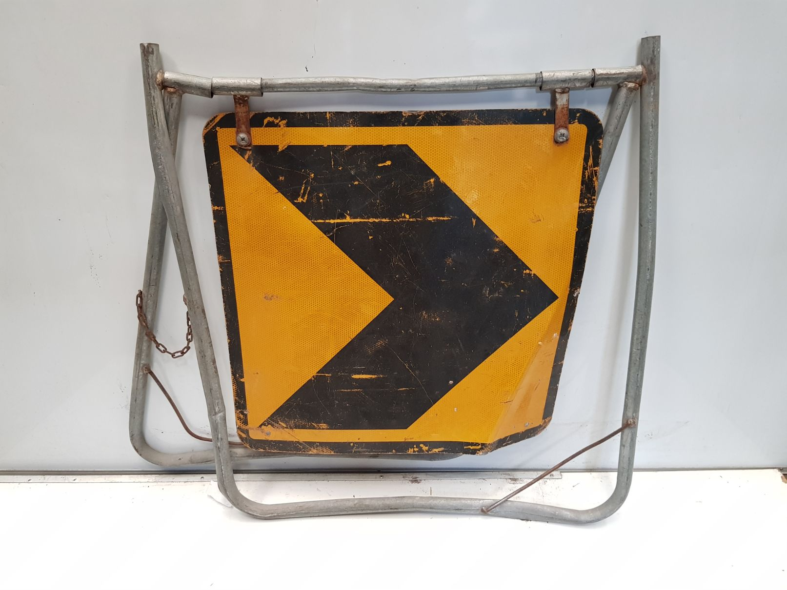 Arrow Swing Stand Sign.jpg