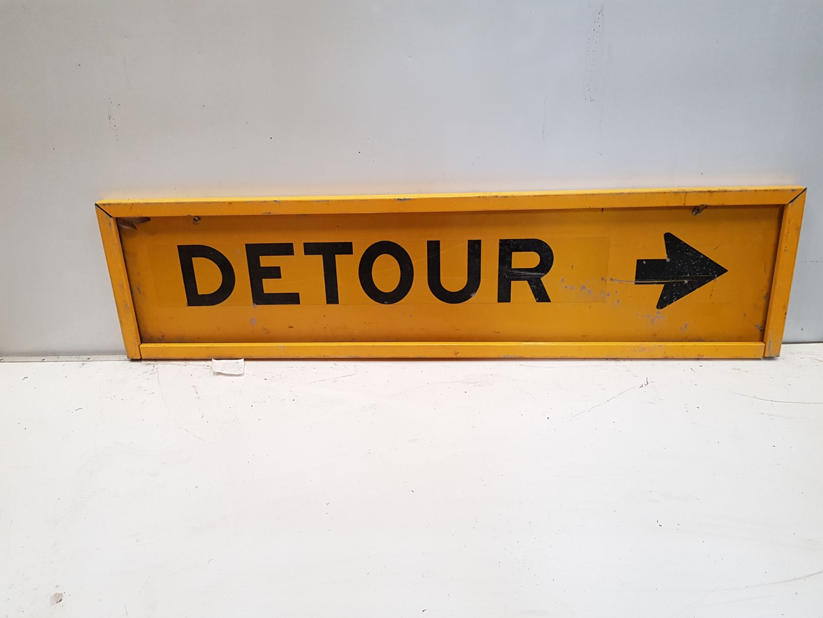 Detour Right Sign.jpg