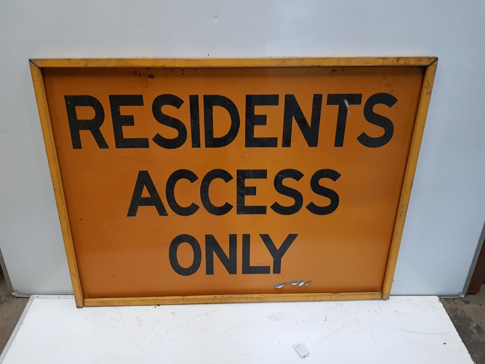 Residents Access Only.jpg