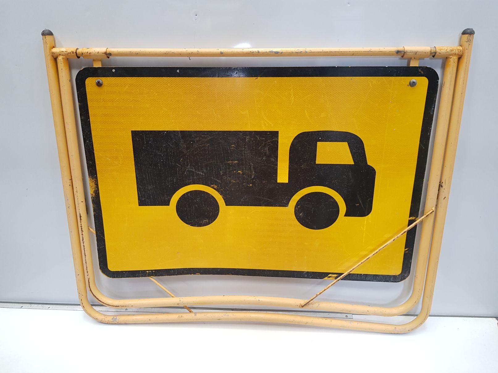 Truck Swing Stand Sign.jpg