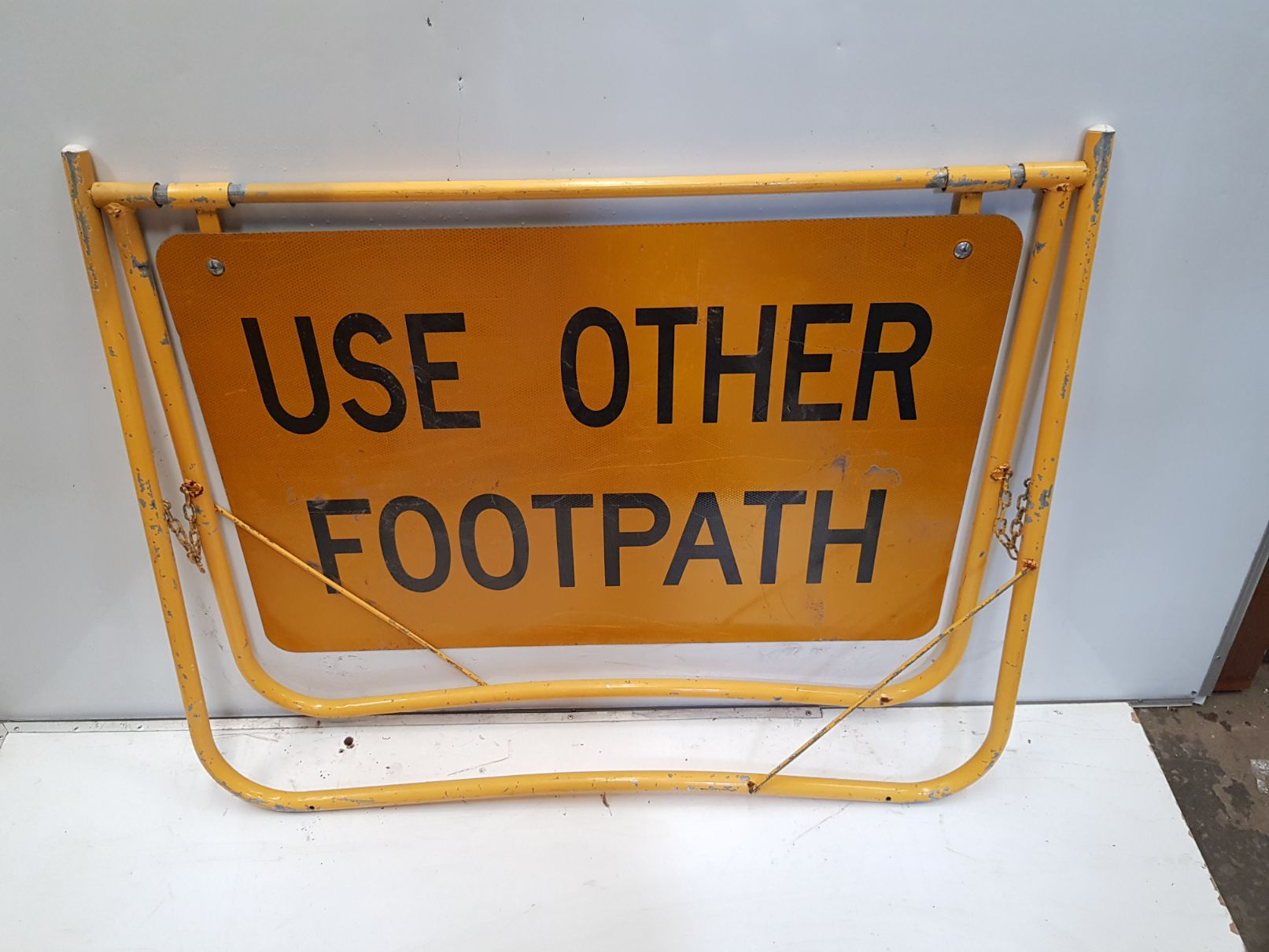Use Other Footpath Sign.jpg