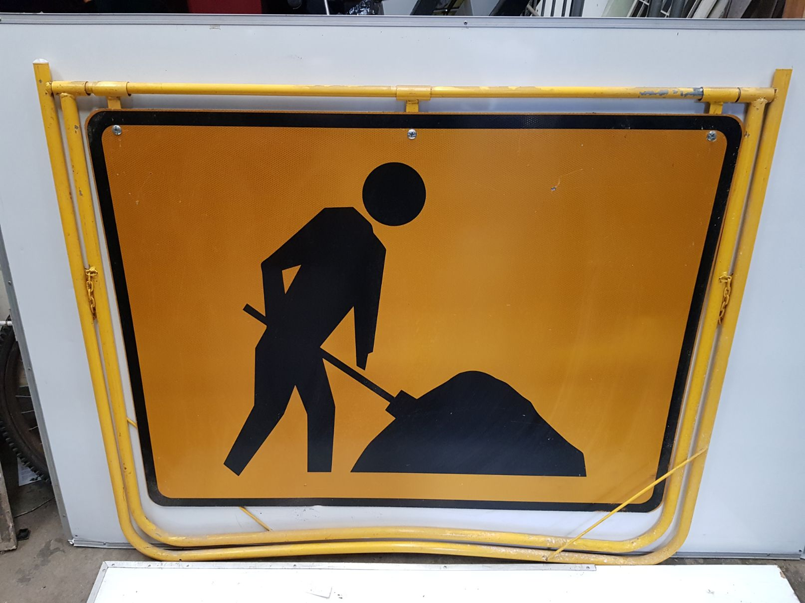 Worker Swing Stand Sign (2).jpg