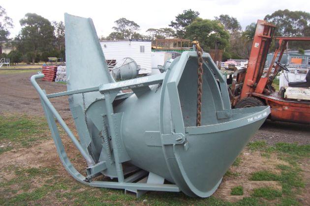 Concrete Kibble 14    Safe Working Load  - 4270 kg  Capacity  - 1.7 cbm