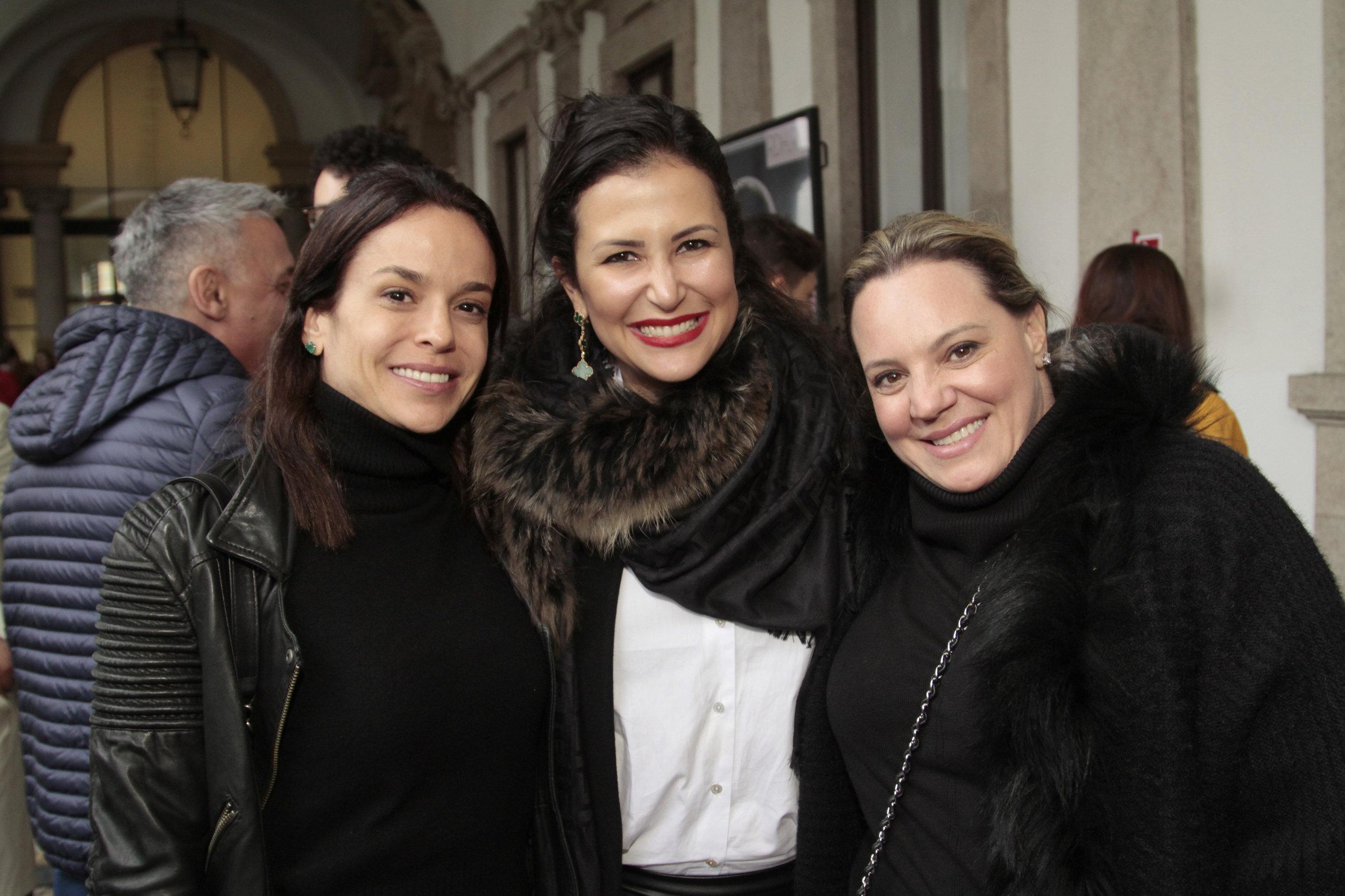Karina Granella, Vivian Coser e Camila Avesani
