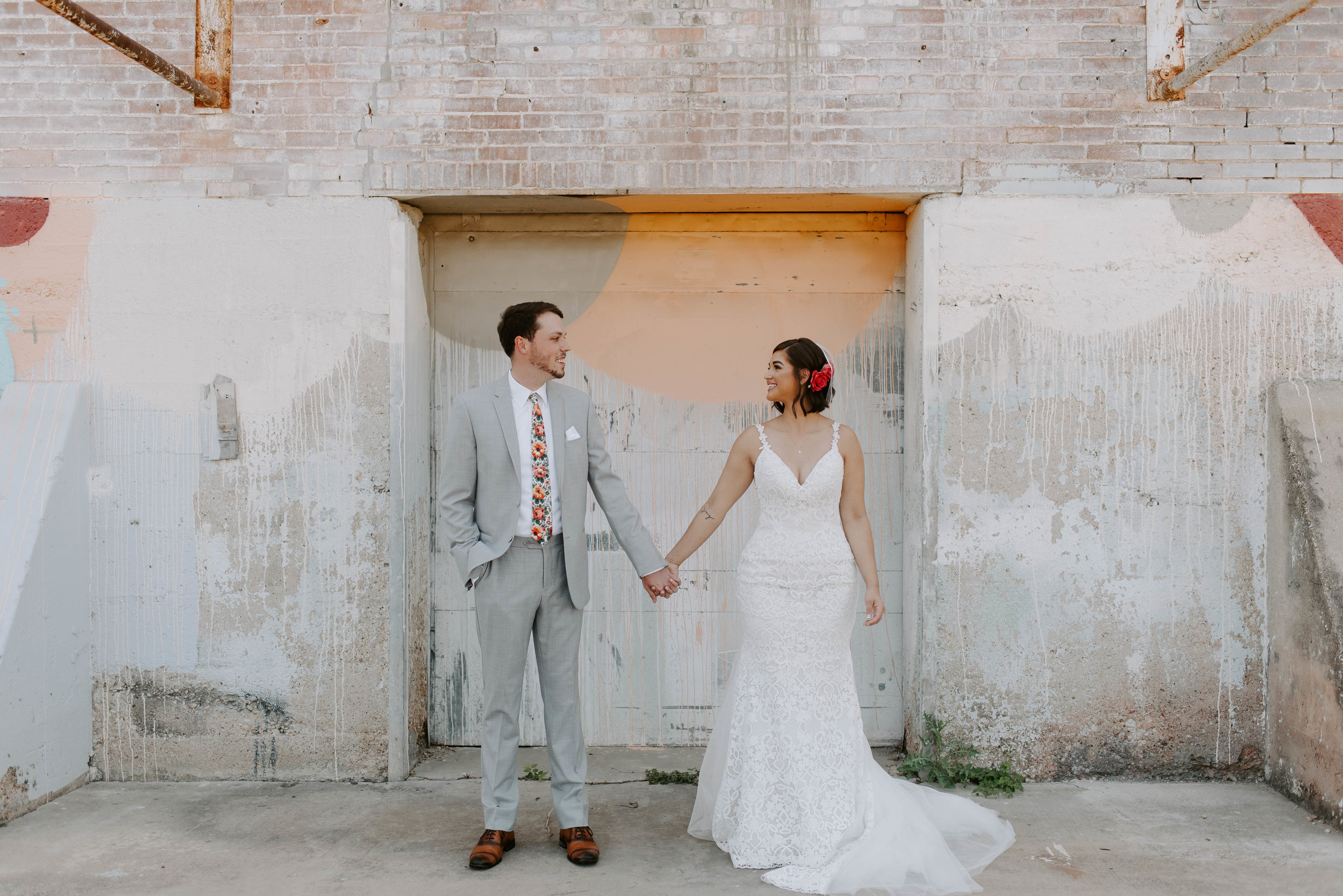 Brik Venue Fort Worth Summer Wedding--15.jpg