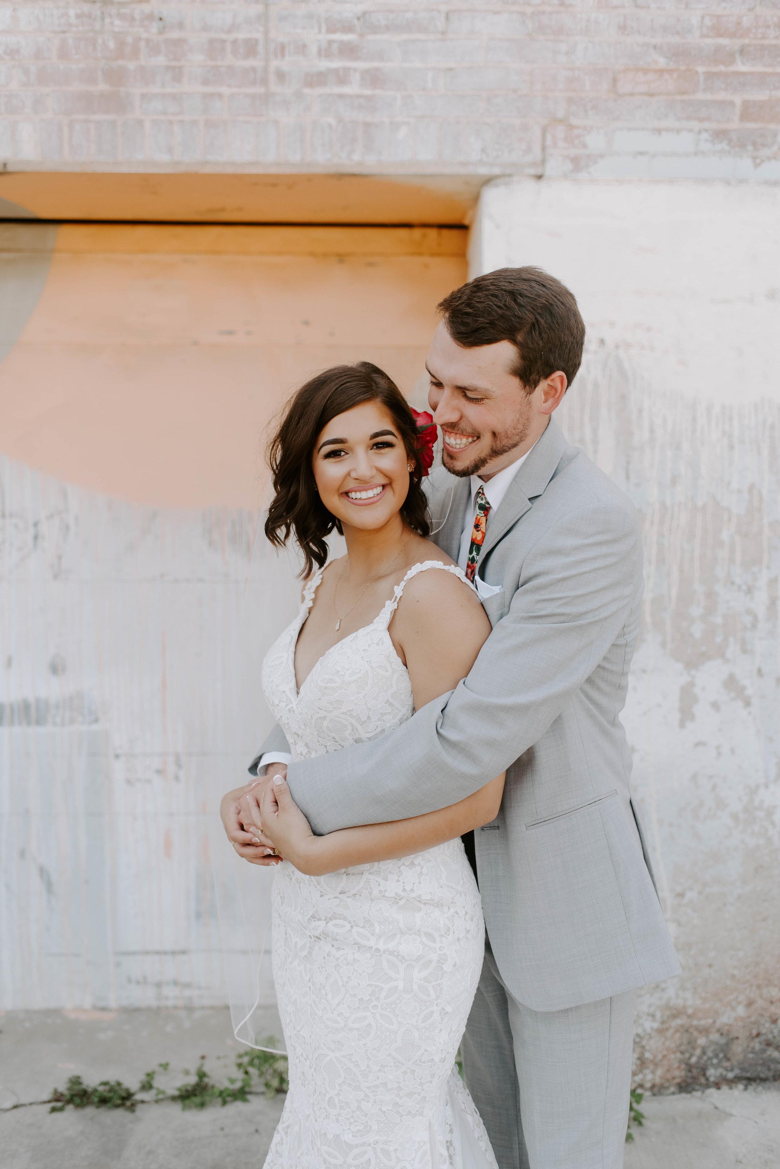 Brik Venue Fort Worth Summer Wedding--26.jpg