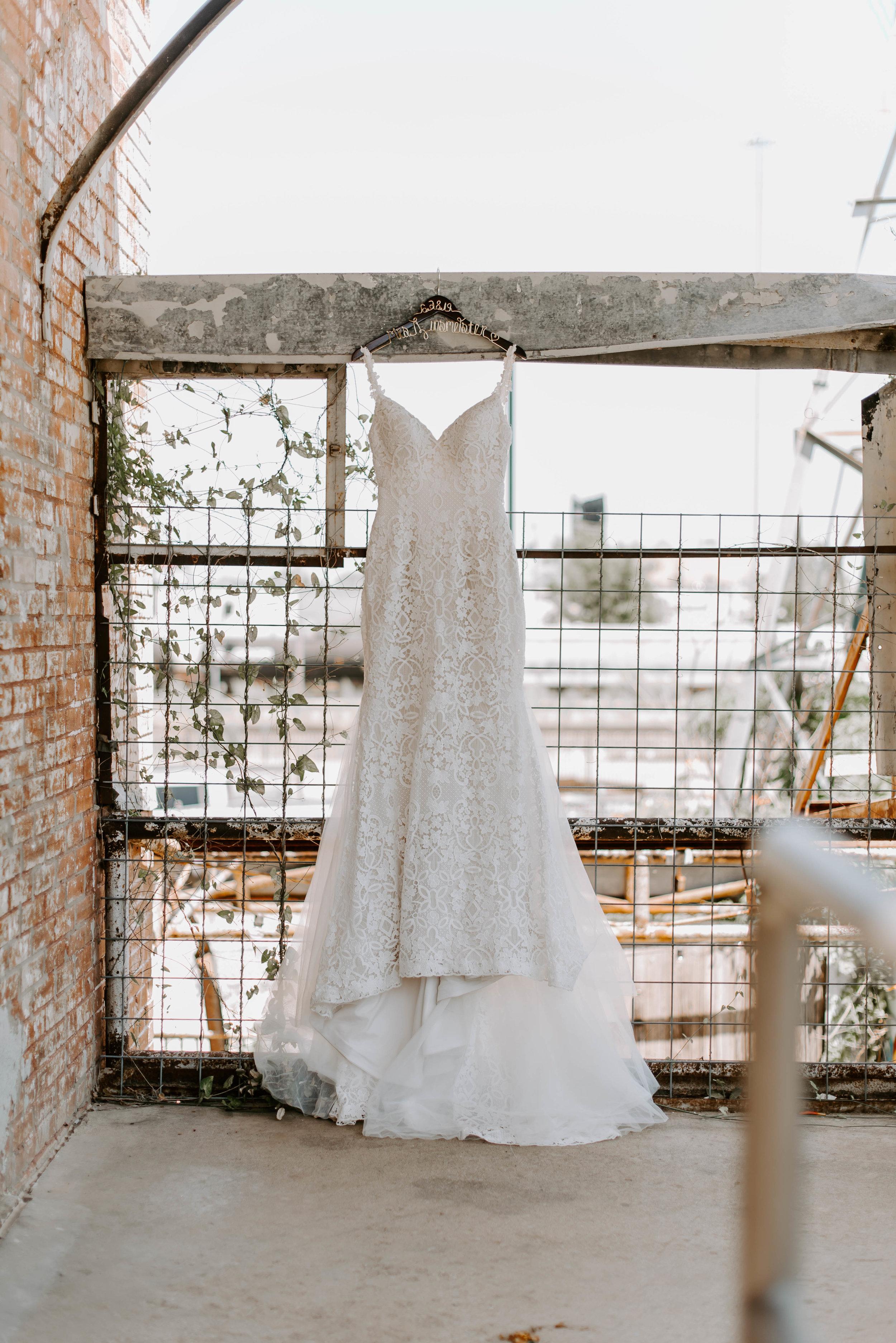Brik Venue Fort Worth Summer Wedding-5697.jpg