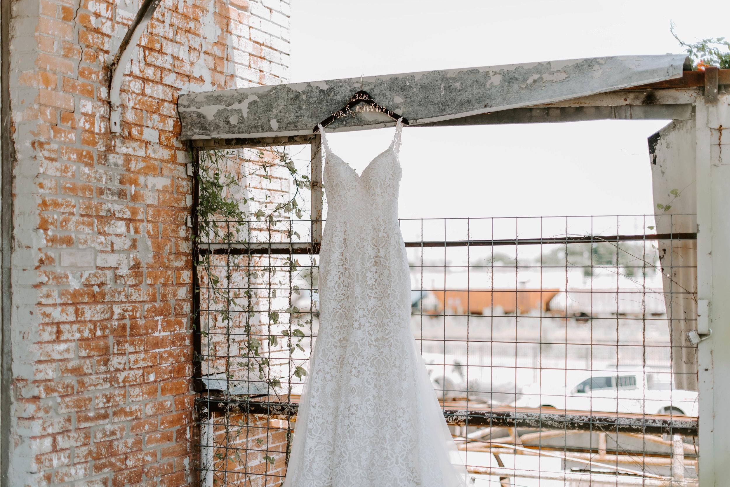 Brik Venue Fort Worth Summer Wedding-5702.jpg