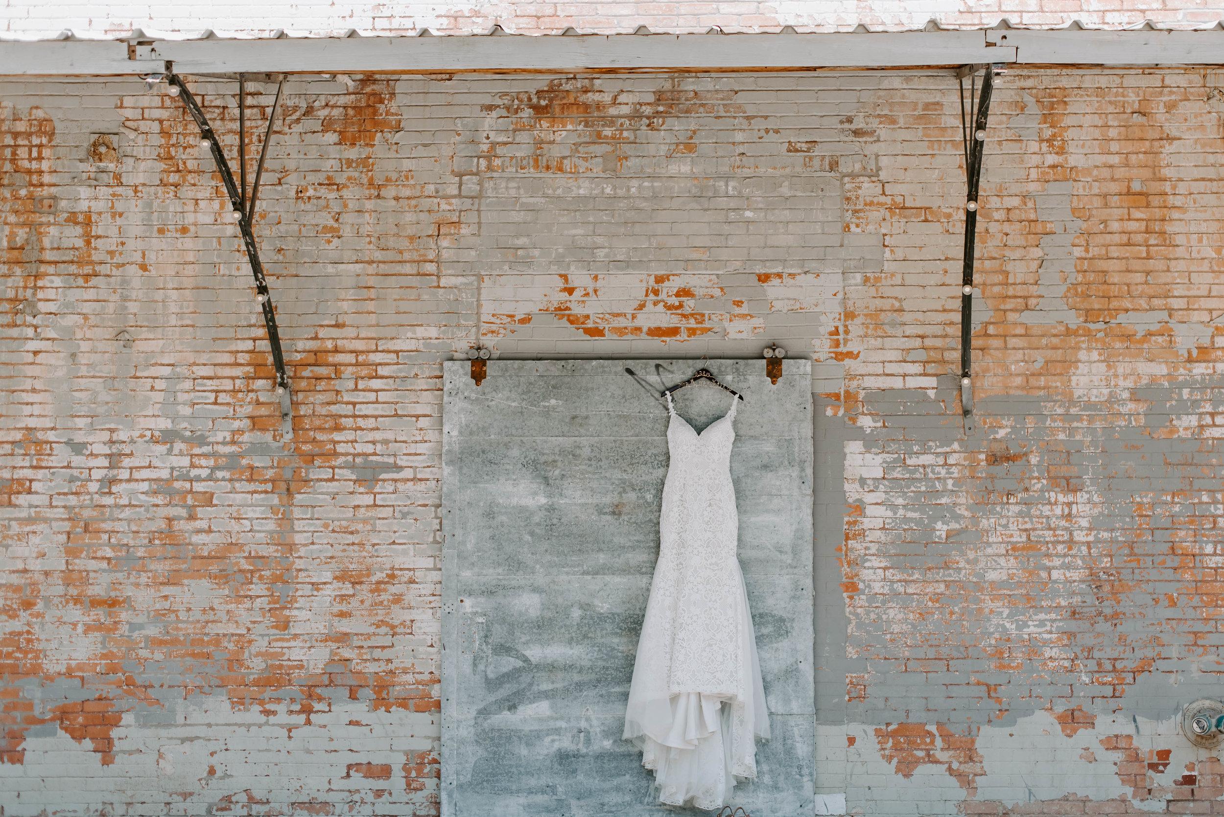 Brik Venue Fort Worth Summer Wedding-5716.jpg
