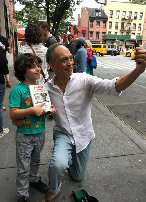 Thom Sesma with Sweeney Todd fan