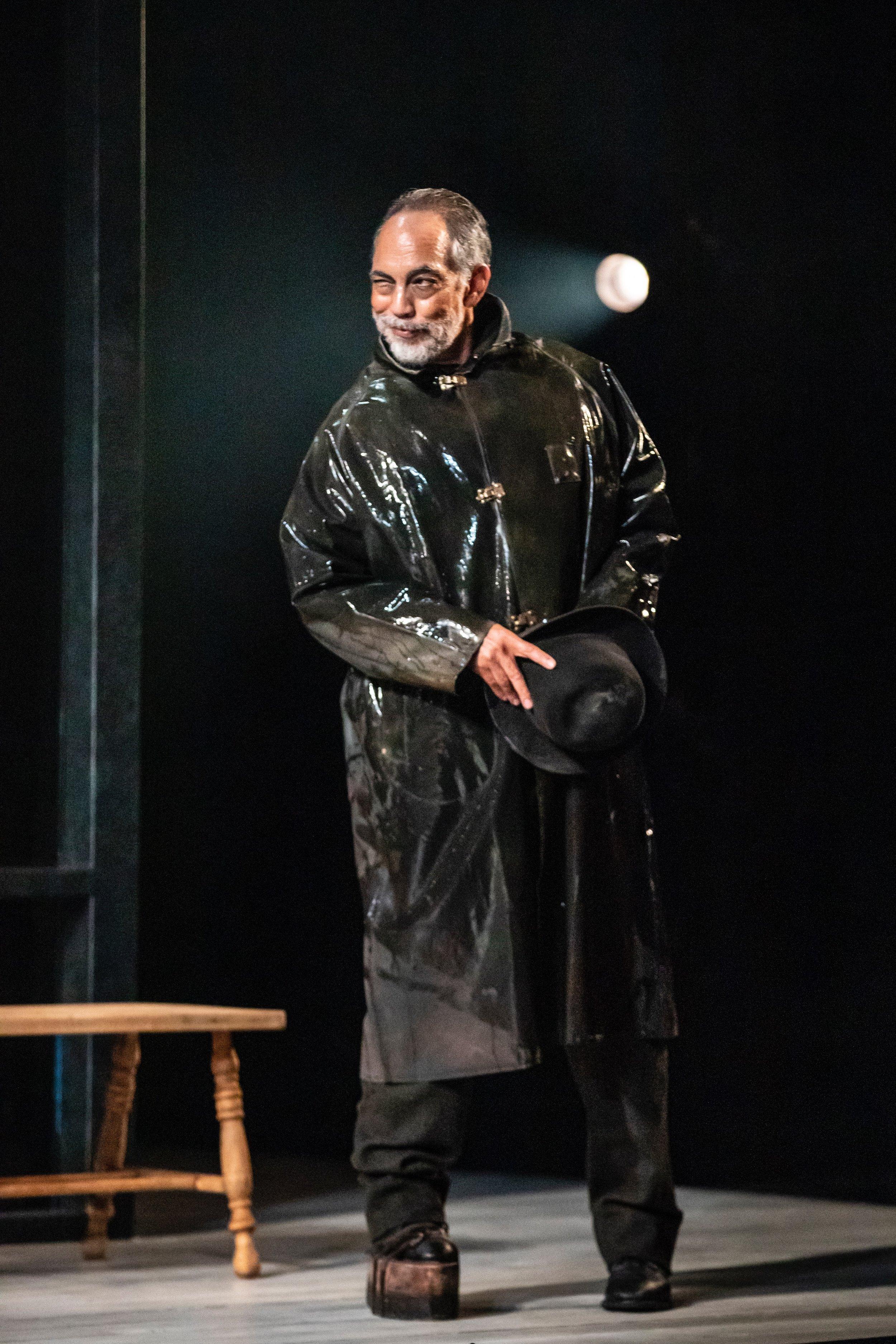 Thom Sesma  as Jakob Engstrand