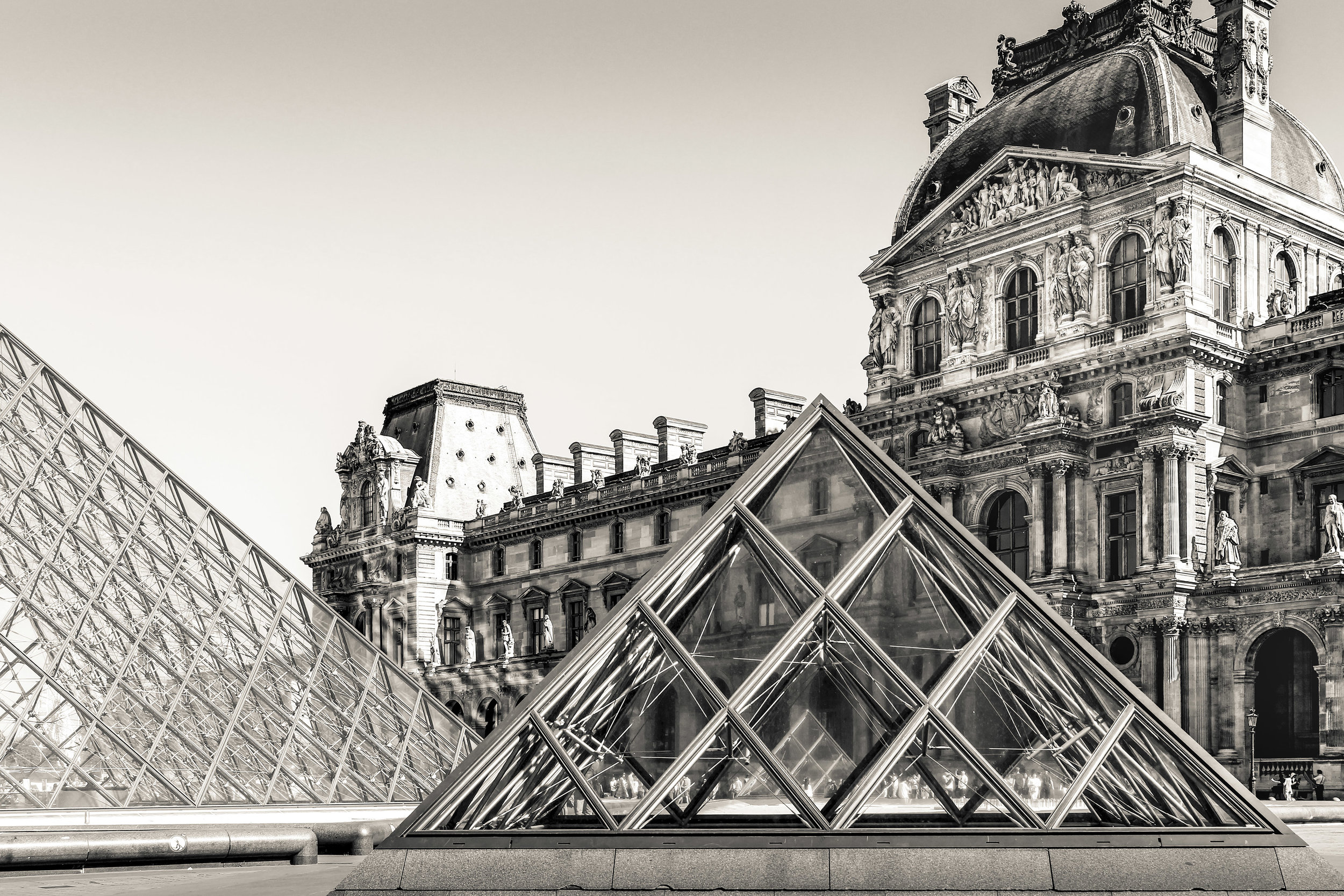 2015 The Louvre 72dpi.jpg