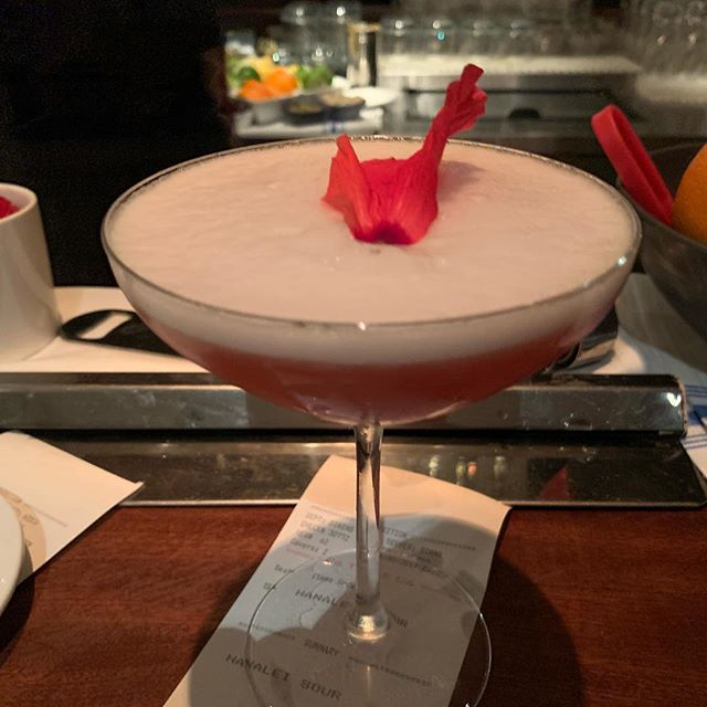 Hanalei sour at AMA. #cocktails#outdoorrestaurant#ramen#hanalei