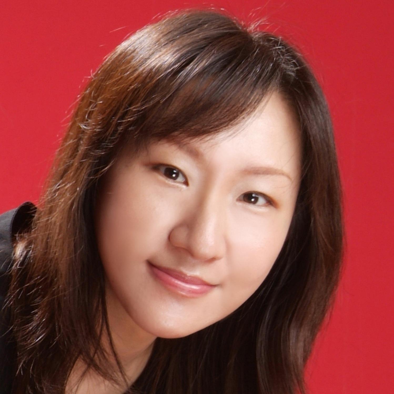 次女高音 mezzo-soprano  鄭海芸  Hai-Yun CHENG