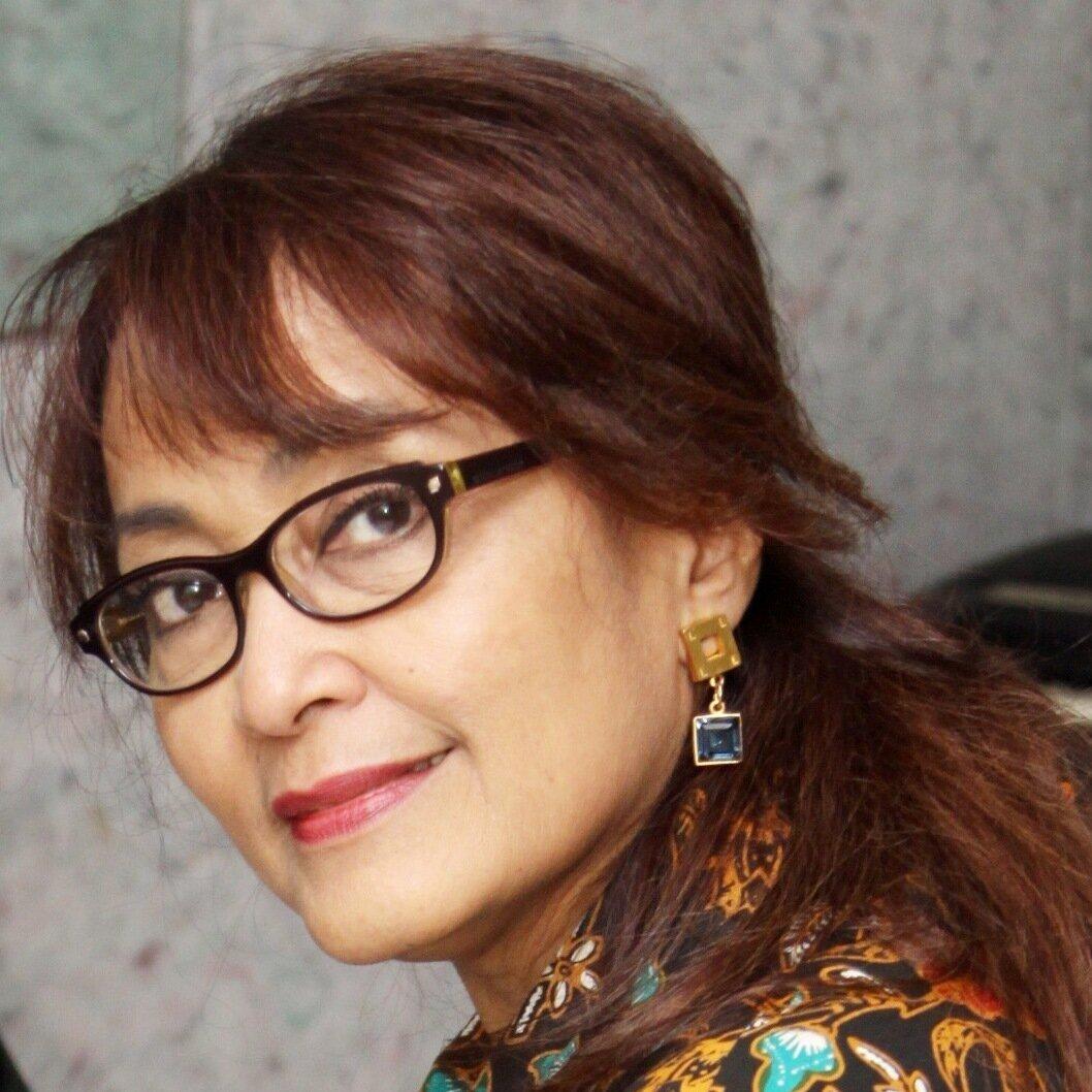Aida Swenson  Indonesia