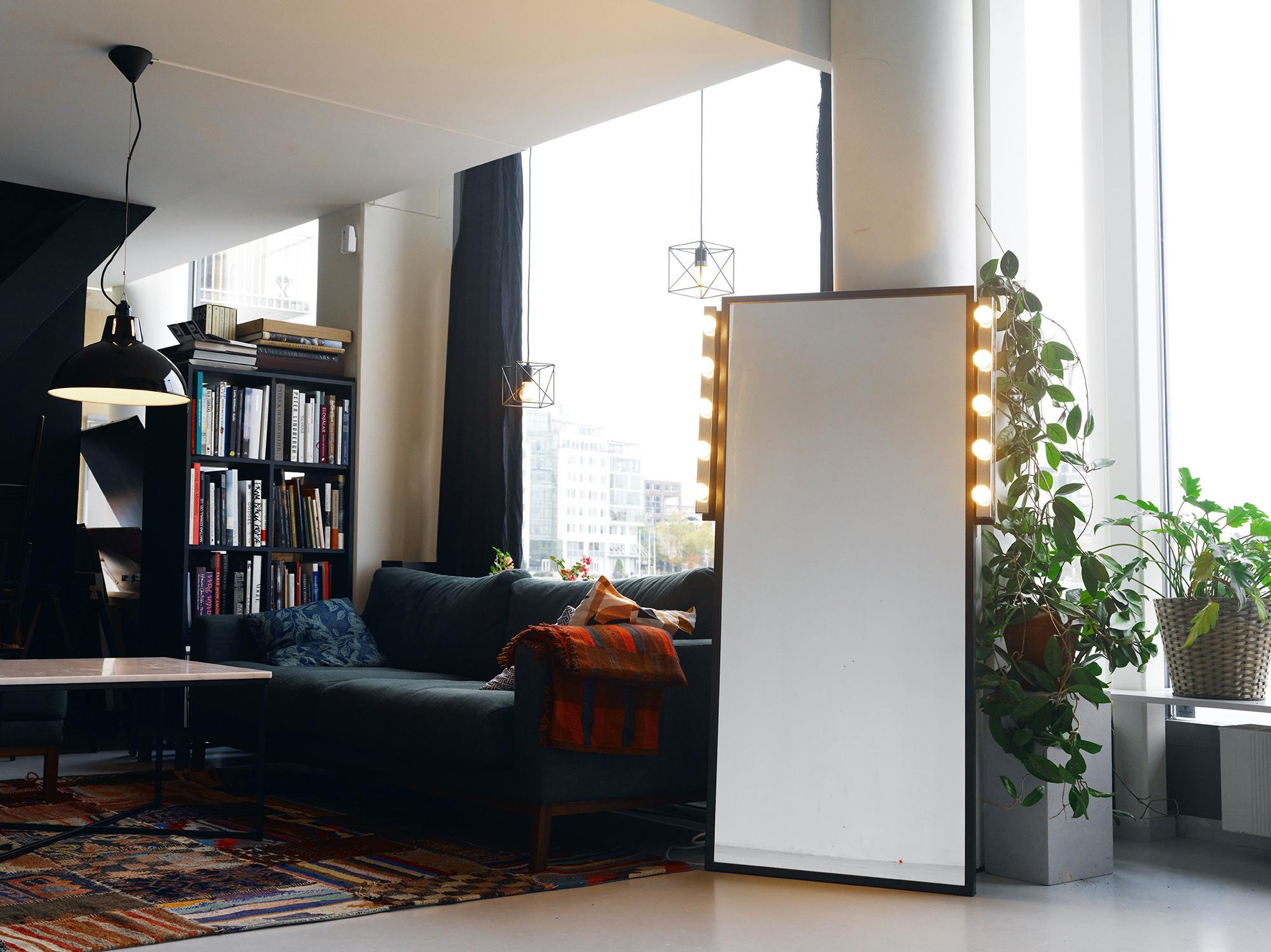 studio_lounge3.jpg