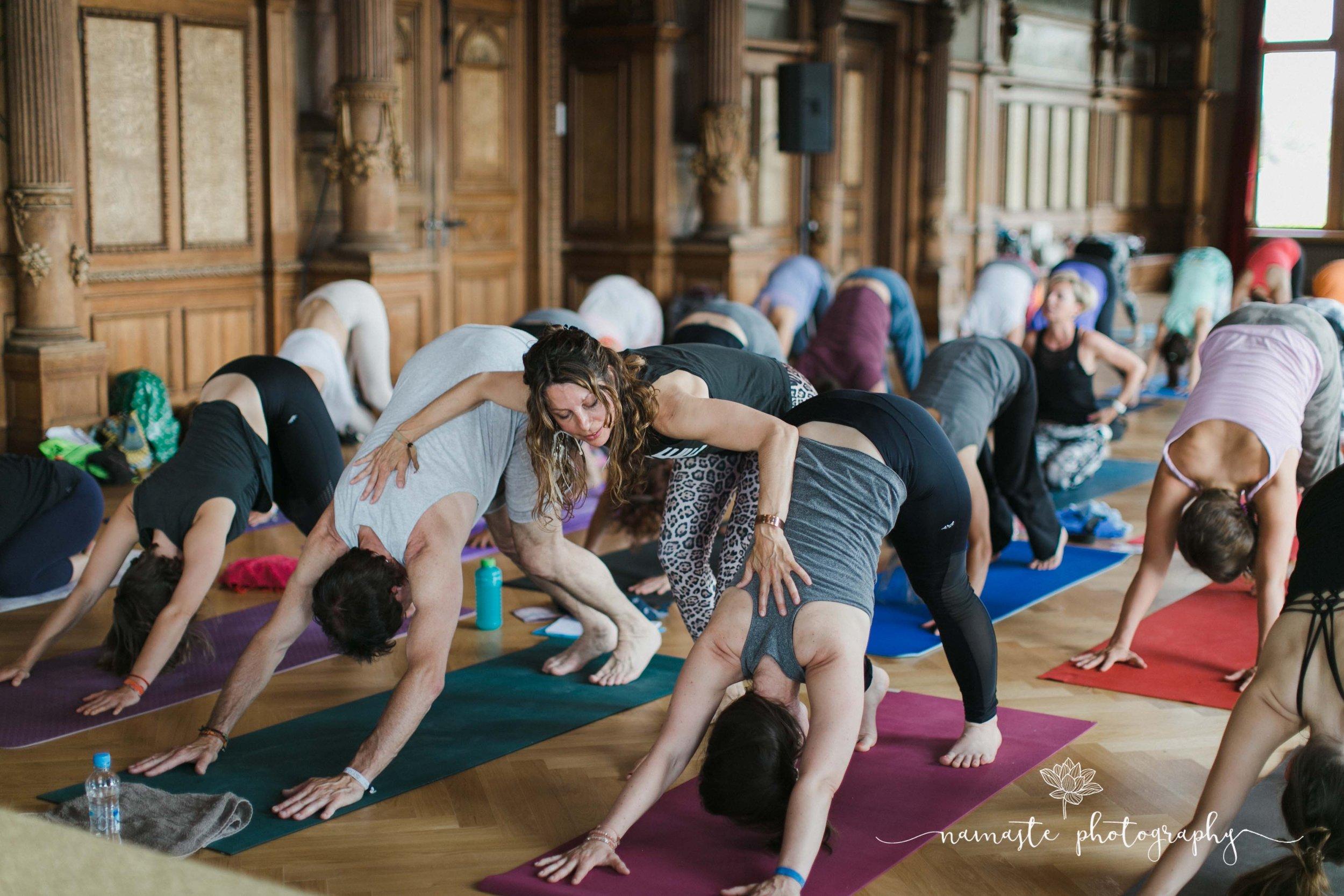 Die Yogalehrer Ausbildung findet in Neu Ulm statt - bei Yoga and more by fabienneFabienne Hackler-Feil Offenbachstraße 5589231 Neu-Ulm