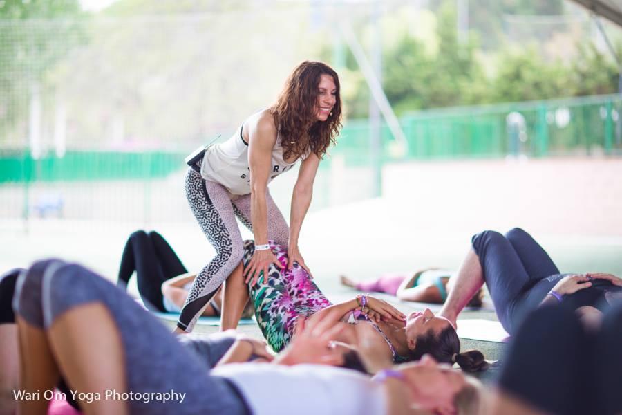 Alchemy of Breath * Ritual Breathwork Session - Alchemy of Breath ist ein ganzheitliches System, um innere Heilung und Transformation durch die erstaunliche Kraft des eigenen Atems zu erfahren. Spezifische kraftvolle Atemtechniken bringen uns mit unbewussten Gefüühlen und Aspekten unserer Selbst auf mentaler, emotionaler, köörperlicher und spiritueller Ebene in Kontakt.Auf diesem Weg können sich limitierende Glaubenssätze und unbewusste Blockaden auflösen und an die Oberflääche kommen. Die Atemtechnik gilt als ein natürliches Heilmittel gegen Stress und innere Unruhe und unterstüützt uns auf dem Weg zu mehr Klarheit, inneren Frieden, Erkenntnis und Inspiration.